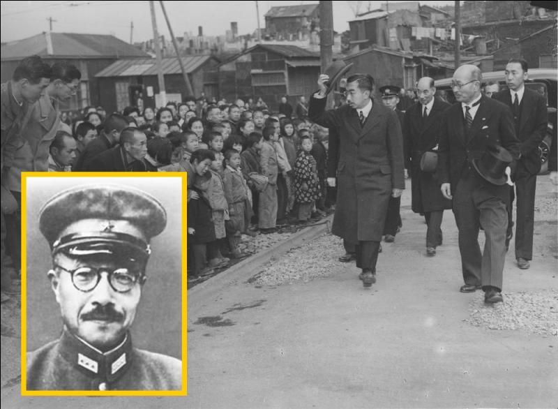 Alors premier ministre et chef de l'armée impériale japonaise, après une série de défaites, culminant avec la chute de Saipan, il est remercié par Hirohito le 18 juillet 1944...