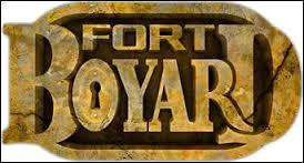 "Qui présente ""Fort Boyard"" ?"