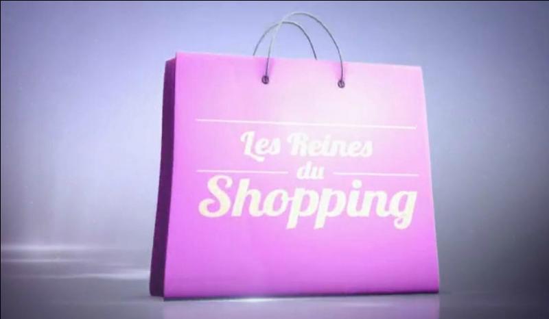 """Qui présente """"Les reines du shopping"""" sur M6 ?"""