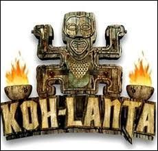 """Qui présente """"Koh-Lanta"""" ?"""