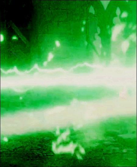 TOP 12 : L'agression de McGonagall (HP5)Où McGonagall se fait-elle agresser par une demi-douzaine d'Aurors obéissant aux ordres de Dolores Ombrage ?