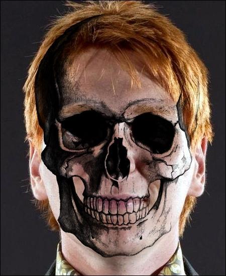 TOP 9 : La mort de Fred (HP 7.2)Fred meurt avec le sourire parce que Percy avait fait de l'humour ; quelle était la blague ?