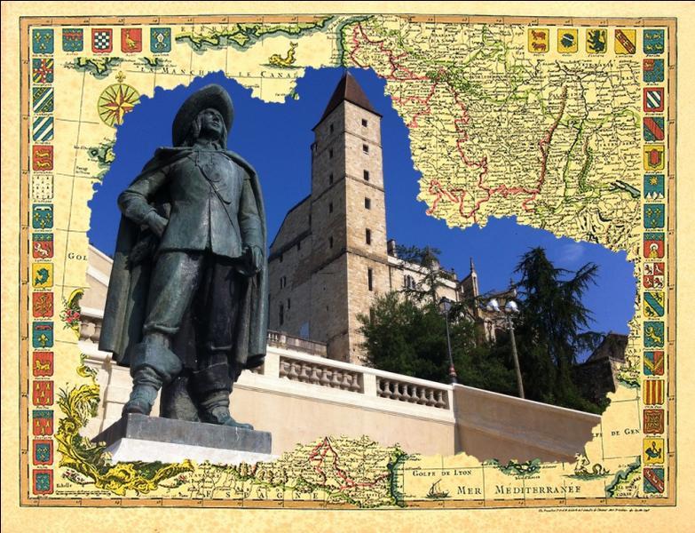 Par son histoire, et ce qu'elle est encore aujourd'hui, cette ville est la métropole administrative de la Gascogne...