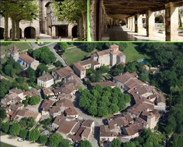 La Gascogne est le pays des bastides. La bastide de Fourcès d'origine anglaise avec ses maisons disposées en anneaux autour d'un ancien château aujourd'hui disparu, est de type...