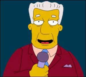 Comment s'appelle le présentateur télé du journal ?