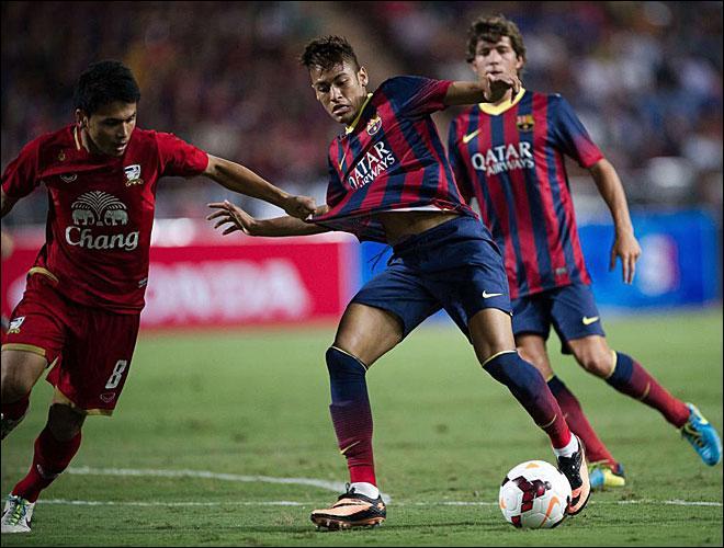 Contre quelle équipe a-t-il inscrit son premier but avec le FC Barcelone ?