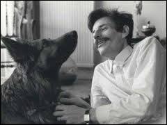 Comment s'appelle la chanson de Jean Ferrat où il rend hommage à son chien ?