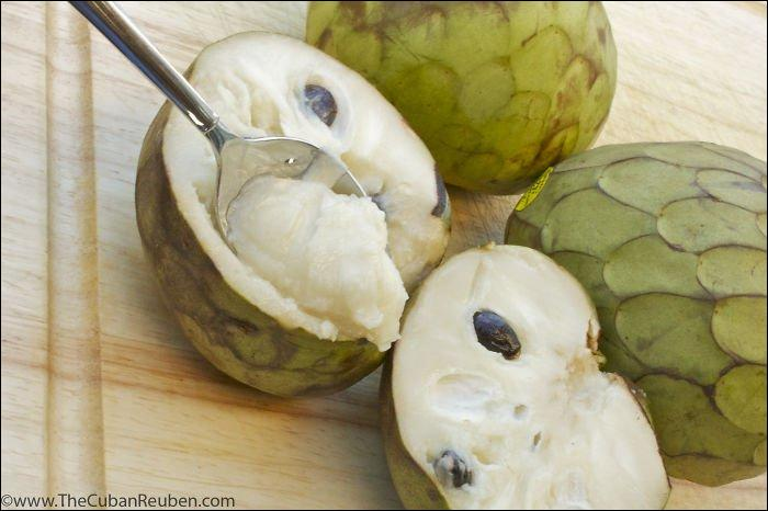Quel est ce fruit exotique qui nous est présenté ?