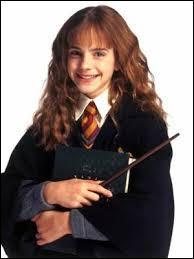 Quels animaux Hermione a-t-elle déjà envoyés contre Ronald ?