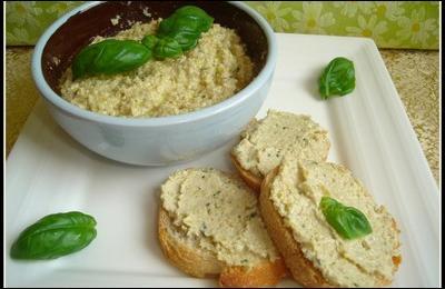 Quelle est cette recette provençale à base d'olives, dont on tartinera volontiers des croûtons ?