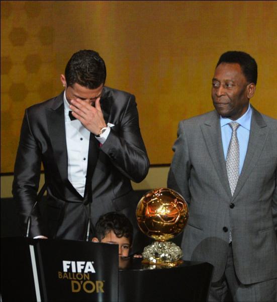 Nous sommes en mars 2015. Combien de fois a-t-il gagné le Ballon d'or ?