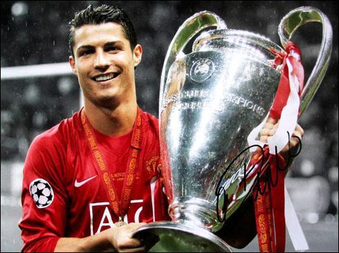 Contre quelle équipe gagne-t-il avec Manchester United à la Ligue des Champions en 2008 ?