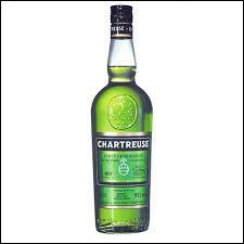 Dans quelle ville cette liqueur est-elle distillée ?