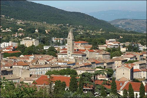 Avec un peu plus de 8 000 habitants Privas est la préfecture la moins peuplée de France, selon les chiffres de l'Insee datant de 2012. De quel département est-elle le chef-lieu ?