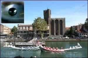 Plus de 24 600 Agathois résident dans cette ville du département de l'Hérault. Elle est la perle ---- de la méditerranée.
