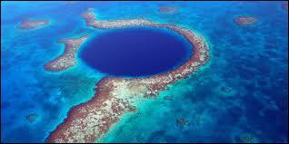 Avec moins de 8500 habitants, Belmopan, capitale du Belize est l'une des plus petites villes au monde. Dans quel continent se situe-t-elle ?
