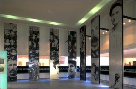 """Péronne, ville du Santerre dans la Somme, abrite depuis 1992, """"L'Historial de la Grande Guerre"""", un musée consacré à la première guerre mondiale, qui a particulièrement touché le département. En quelle année eut lieu la Bataille de la Somme, une des plus meurtrières de ce conflit ?"""
