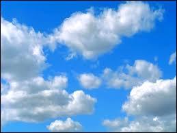 Complétez. Pourquoi les nuages sont-ils ______ ?