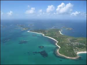 Il existe une frontière franco-néerlandaise sur l'île Saint-Martin. Comment s'appelle le chef-lieu de la partie française ?