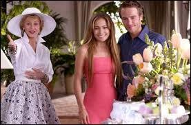 La comédie romantique Sa mère ou moi (en VO Monster-in-law) a permis le retour à l'écran de Jane Fonda en belle-mère terrifiante. Jennifer Lopez vit dans un joli appartement, au début du film, dans quel coin de Californie ?