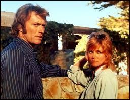 Le tout premier film qu'a réalisé Clint Eastwood, Un frisson dans la nuit (Play Misty for me) a réuni à la fois son amour du jazz (il y joue un DJ radio) et son amour pour une ville de Californie dont il sera le maire, durant quelques années, ensuite. Quelle est cette ville ?