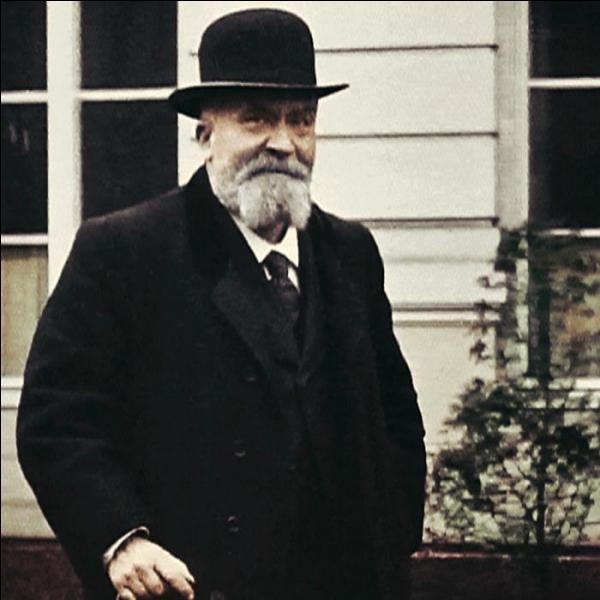 Socialiste célèbre, il fut assassiné en 1914 :