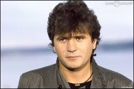 À bord de quel appareil Daniel Balavoine perdit-il la vie en 1986 ?