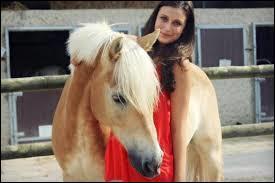 Avec quel cheval Sonia a-t-elle une grande amitié ?