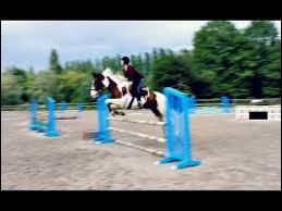 Comment s'appelle ce cheval que Sonia a monté en saut ?