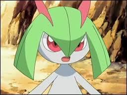 En quoi évolue ce Pokémon au contact d'une pierre aube ?