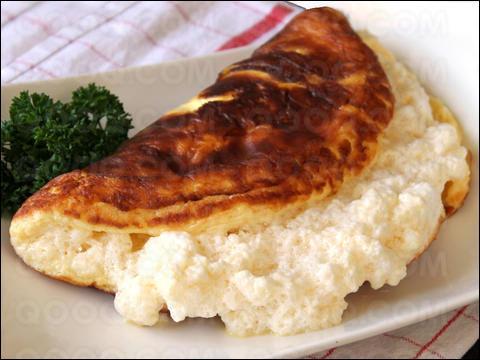 A laquelle de ces mères doit-on cette omelette soufflée, additionnée de crème, blancs et jaunes étant montés séparemment ?