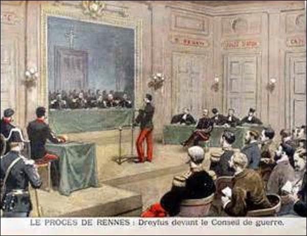 Recondamné, il ne revient en France que le 4 juin 1899, le lendemain de l'annulation de sa peine. Pour Dreyfus, tout a l'air de vouloir s'arranger : la Cour de cassation annule le premier jugement, et un nouveau conseil de guerre s'ouvre à Rennes le 30 juin 1899. Mais rebelote, malgré les aveux du véritable coupable, Alfred est de nouveau condamné pour trahison, mais la peine est plus clémente :