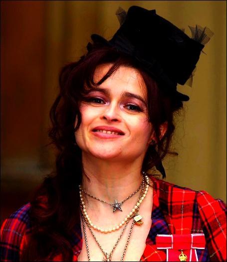 3. Helena Bonham-Carter (236, 5 pts)Avant d'être liée à Tim Burton pendant 12 ans (Johnny Depp sera le parrain de leur fils), avec quel acteur de ce TOP 30 était-elle en couple durant 5 ans ?