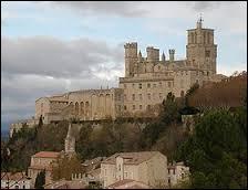 Où faut-il se rendre pour voir la Cathédrale Saint-Nazaire et Saint-Celse ?