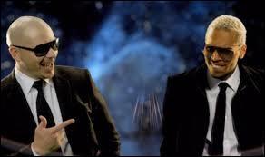 Chris Brown et Pitbull ont chanté à deux en 2011...