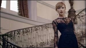En 2014, une autre chanson hyper connue a fait fureur, surtout aux Etats-Unis et en France mais quel est le titre de cette chanson ? (c'est une chanson de Taylor Swift)