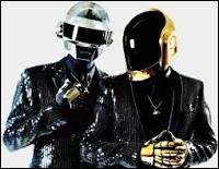 """Les Daft Punk ont chanté """"Get Lucky""""(en 2013) avec..."""