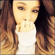 Ariana Grande, la grande star internationale de la pop, a chanté plusieurs chansons mais laquelle de ces 4, est sortie en première ?