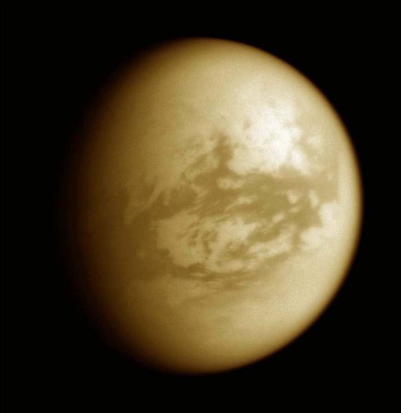 Quel satellite n'est pas un satellite de Jupiter ?