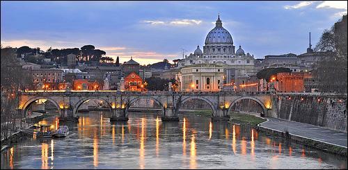 Rome fut, à partir de -509, jusqu'à ce qu'elle devienne une monarchie, une cité...
