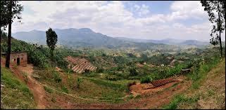 Quel surnom est attribué au Rwanda ?