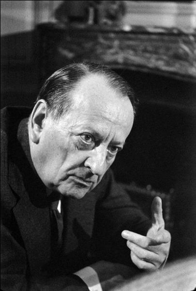 """Son vrai prénom est Georges, il porte aussi les surnoms de """"Maurice Sainte-Rose"""" et """"Colonel Berger"""". De qui s'agit-il ?"""