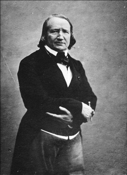 """Né en 1797, auteur de """"Cinq-Mars"""" et """"Quitte pour la peur"""", qui est-ce ?"""