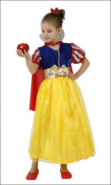 Elle se méfie de toutes les mamies armées de pommes !
