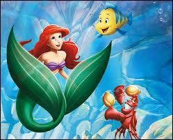 Si vous lui parlez du monde aquatique, elle se sentira comme un poisson dans l'eau !