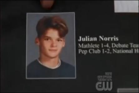Pourquoi Julian n'a-t-il pas pris le nom de famille de son père (Norris) ?