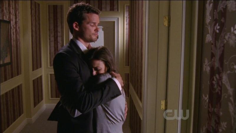 Dans la saison 7, Julian aide quelqu'un pour réaliser son film. Qui est cette personne ?