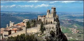 Saint-Marin est la plus ancienne république d'Europe.