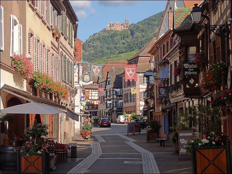 Dans quelle région pouvez-vous visiter la ville de Ribeauvillé ?