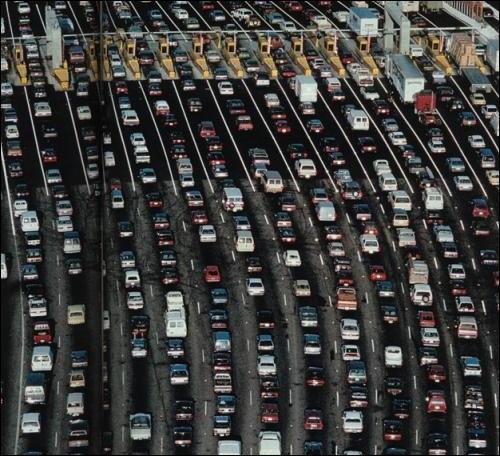 Combien de temps a duré le plus long embouteillage du monde survenu à Shanghai ?